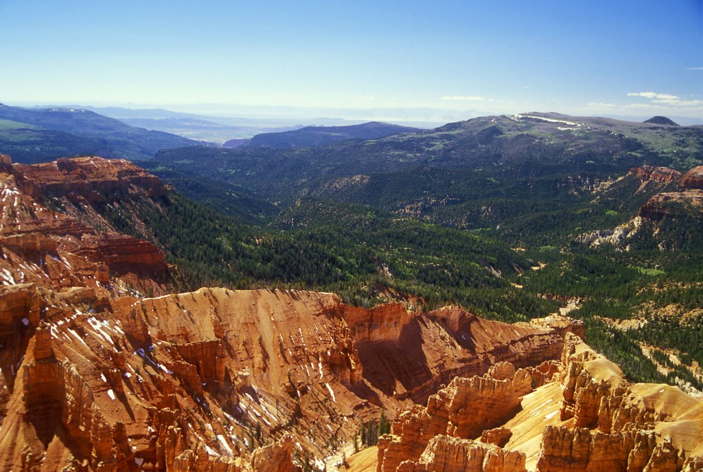 Hotels Near Dixie National Forest
