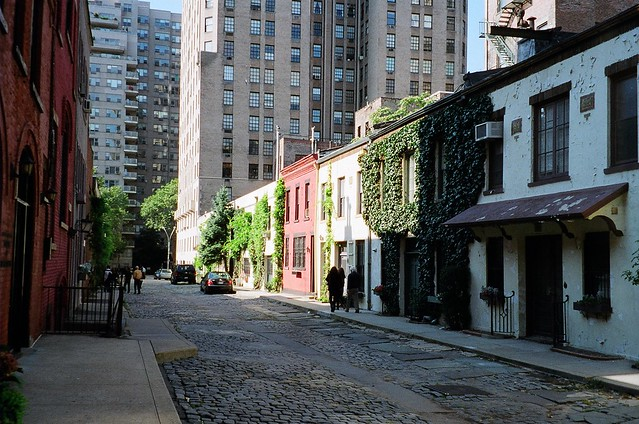 Washington Mews