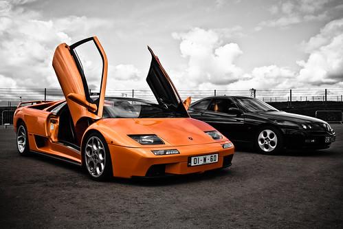 Lamborghini Diablo 6.0 & Alfa Romeo GTV 3.0 selective colour