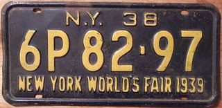 NEW YORK 1938 LICENSE PLATE with NEW YORK WORLD'S FAIR 1939 slogan