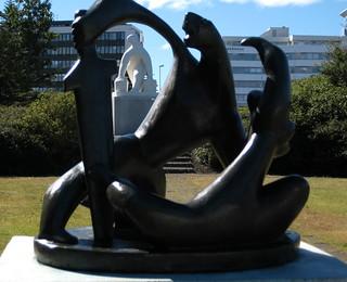 Stríð, flótti og vatnsberinn