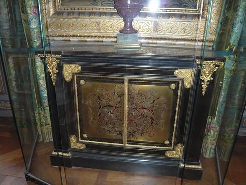 marqueterie boulle visite au chateau de fontainebleau. Black Bedroom Furniture Sets. Home Design Ideas