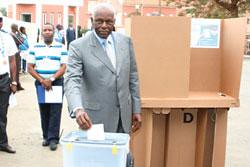 Angolan President Jose Eduardo dos Santos casting his vote in the national elections. The ruling MPLA party, which fought for the national liberation of the country, won overwhelmingly. by Pan-African News Wire File Photos