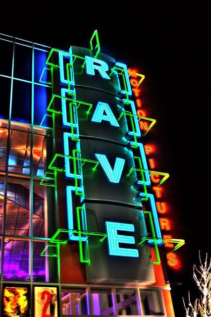 The rave movie theater kalamazoo mi