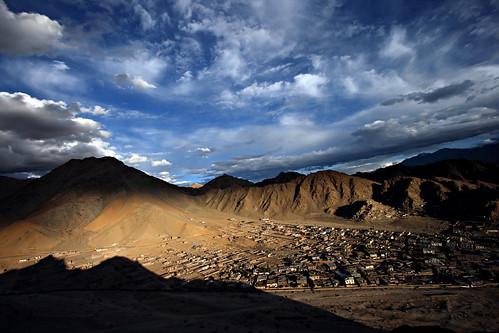 shadow panorama snow mountains water silhouette clouds reflections river tibet valley tibetan kashmir leh himalayas moonscape 1022 ladakh khardungla nubravalley jammu jammuandkashmir nubra shyok shyokriver nubrariver