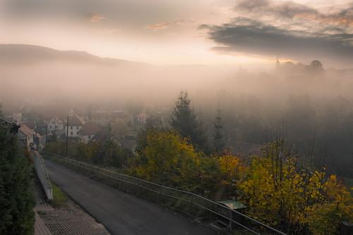 street fog sunrise germany thüringen view rustic thuringia vale outlook tranquil suhl 1star albrechts lengberg
