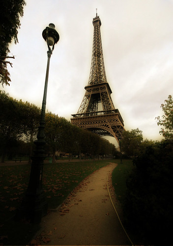 Autumn and the Eiffel Tower