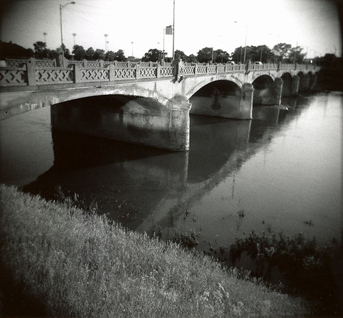 ohio bw film holga dayton decayed printscan kpx stewartstreetbridge