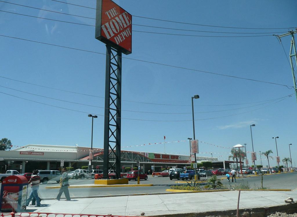 Home Depot Celaya