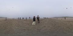 Wedding: Flying kites