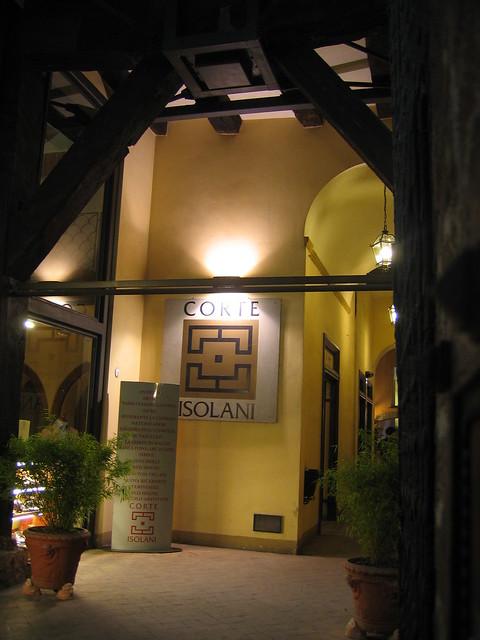 Corte isolani flickr photo sharing for Il portico pizzeria bologna