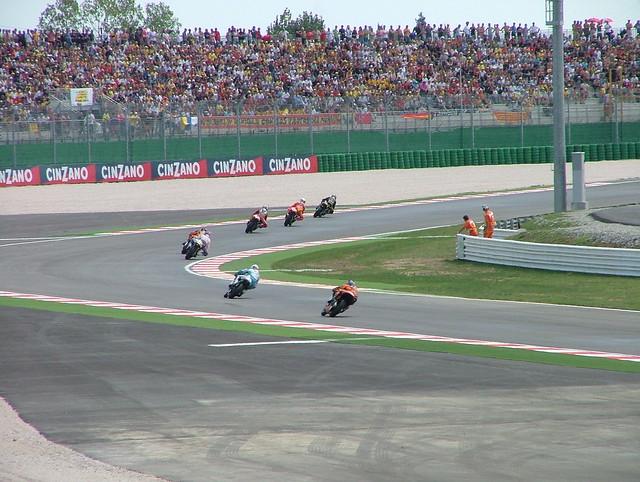 Moto gp in misano 2008 flickr photo sharing for Finepix s5000 prix