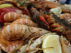 spiny lobster, shrimp, meal, seafood boil, caridean shrimp, seafood, invertebrate, food, scampi, dish, cuisine,
