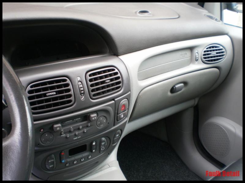 Car care detail limpieza interior for Interior renault scenic