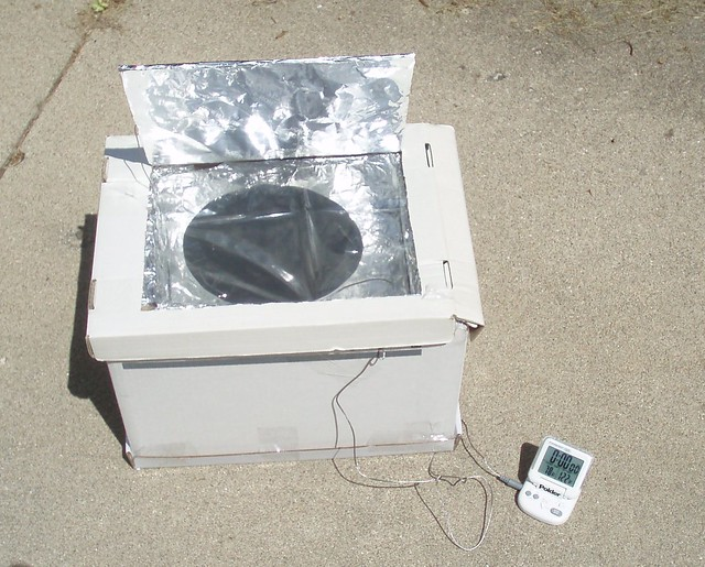 Homemade solar cooker | Flickr - Photo Sharing!