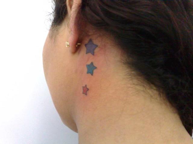 tatuagem-estrelinhas-no-pes