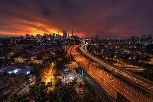 sunset skyline canon eos highway day cityscape view cloudy malaysia kualalumpur dri hdr klcc psb 18xp 400d infinestyle akleh vedd terbaikdiasiatenggara