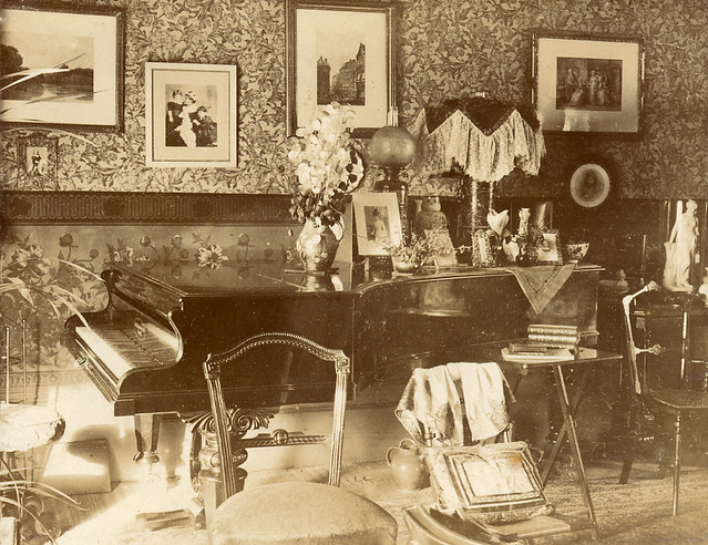 Aesthetic interior a gallery on flickr - Late victorian wallpaper ...