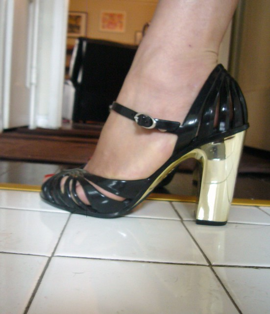 Destroy High Heel Shoes Stories