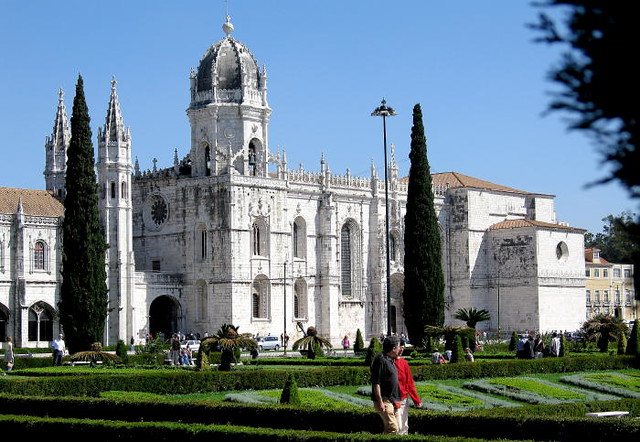 Jerónimos Monastery by CC user t_p_s on Flickr