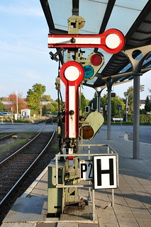 Signals at Halle Train Station