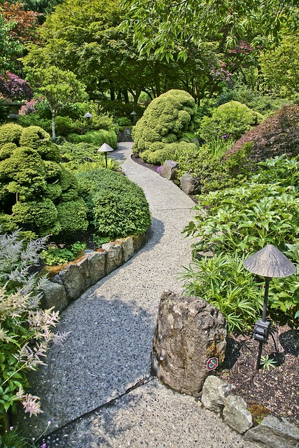 Japanese garden path flickr photo sharing for Japanese garden path