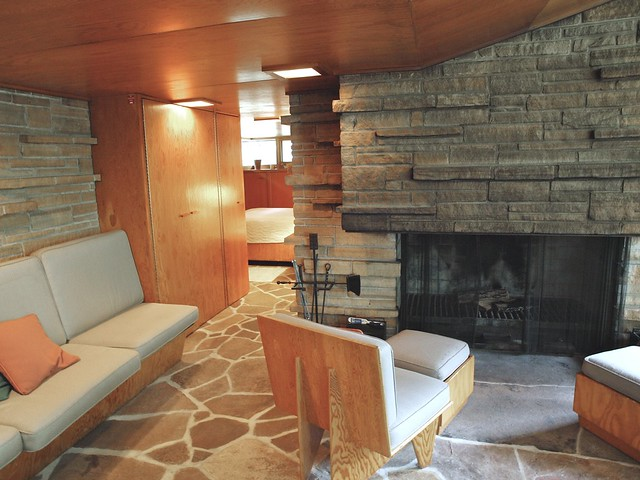 Frank lloyd wright a central fireplace design flickr for Central fireplace