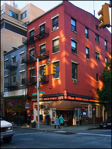 mn moglyphes les couleurs de new york city. Black Bedroom Furniture Sets. Home Design Ideas