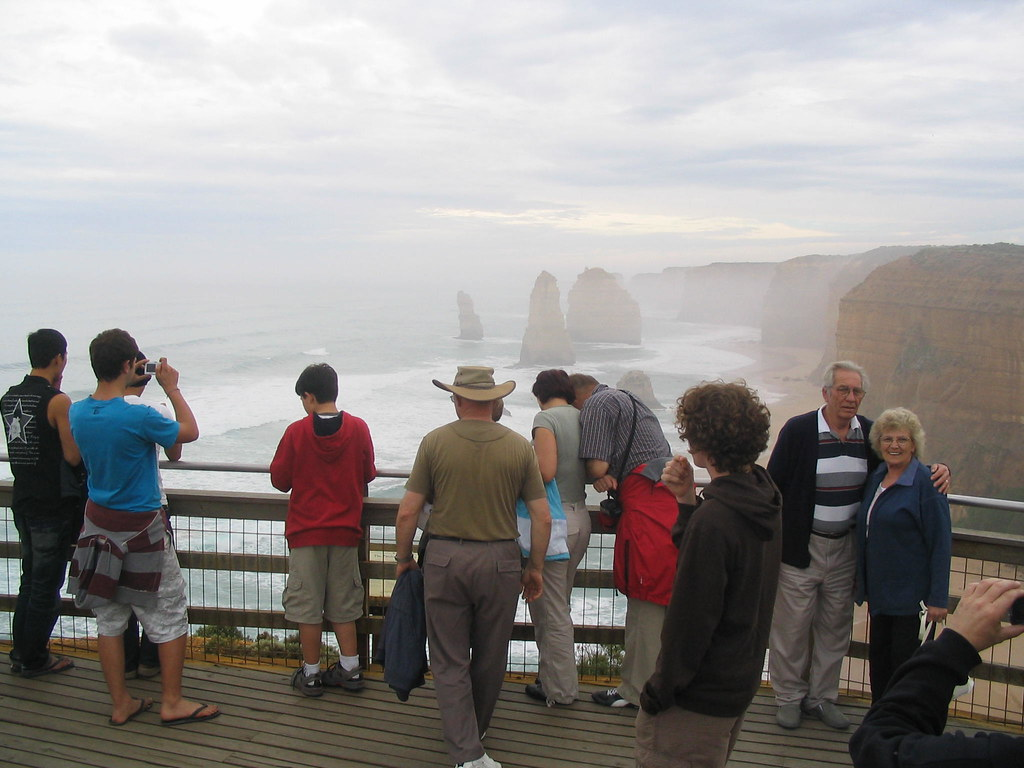 The Twelve Apostles and many tourists