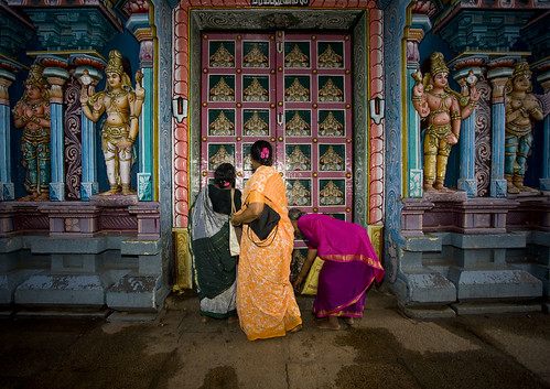 Women at the temple - India