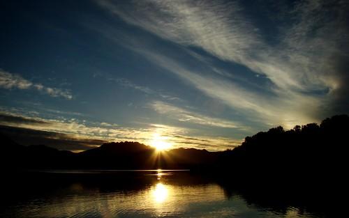 sky italy lake clouds sunrise lago italia nuvole alba cielo brianza lombardia pusiano resegone lagodipusiano