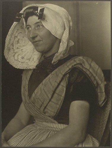[Dutch woman.]