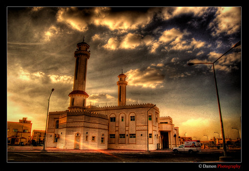 sunset sun set sunrise geotagged photography nikon muslim islam mosque kuwait rise showcase damon hdr islamic q8 tutorials d40 nikond40 theunforgettablepictures geo:lat=2931166 geo:lon=47481766
