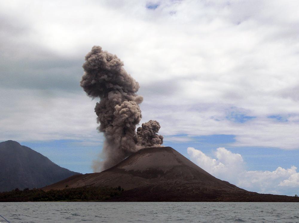 Krakatoa (Krakatau, Krakatao) / Indonesi by flydime, on Flickr