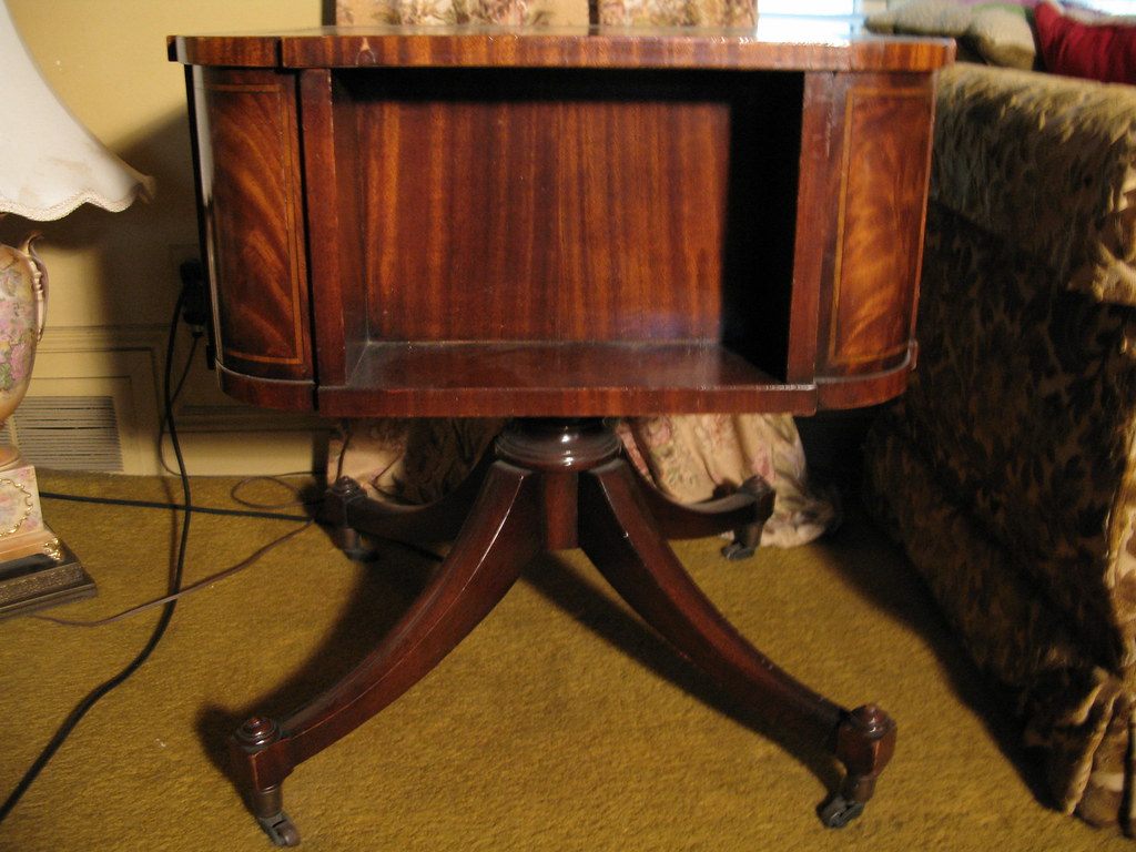 Leather Topped Wood End Table.