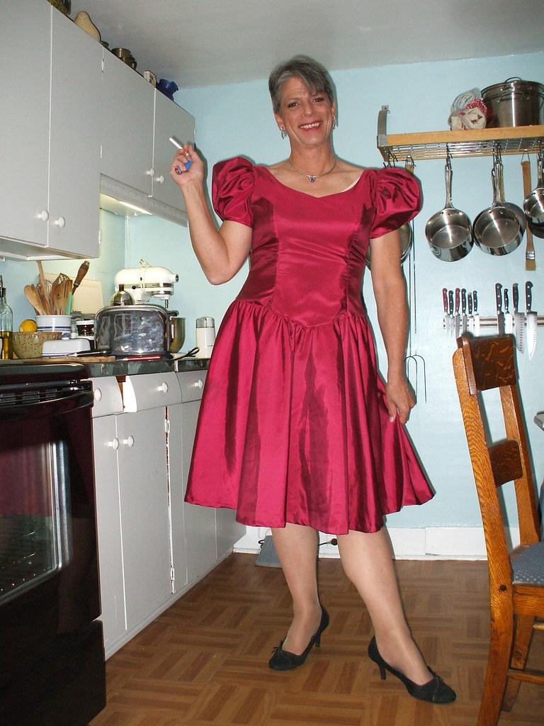 Sheila satin transvestite