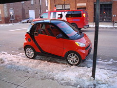 Wow, it's the first smart car I've seen in person! I wanted to pick it up and take it home with me.