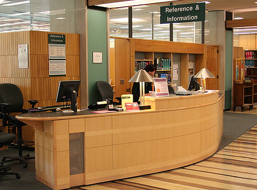 Olin Library's Reference Desk