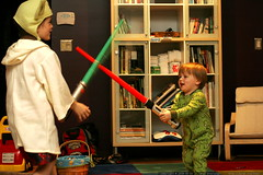 light saber duel   green bear jedi vs. yoda    MG 0946