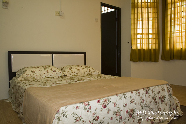 Homestay Pmc Melaka Master Bedroom With Attached Bathroom Flickr Photo Sharing