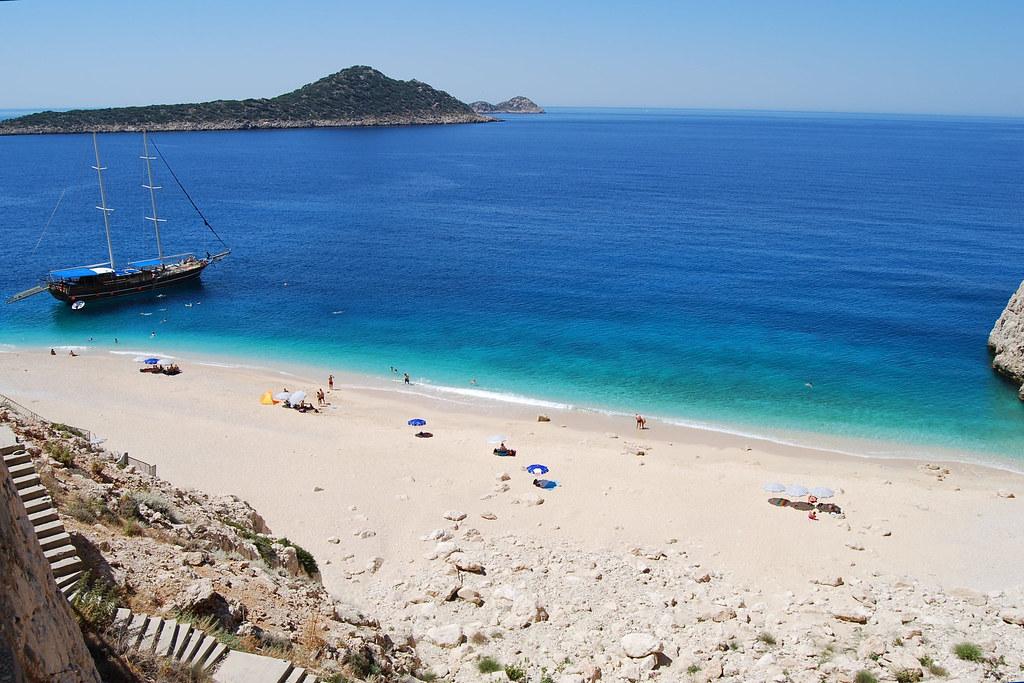 Пляж Капуташ на юго-западе Турции