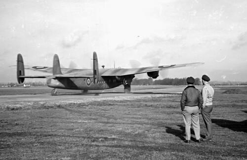 Avro York 05