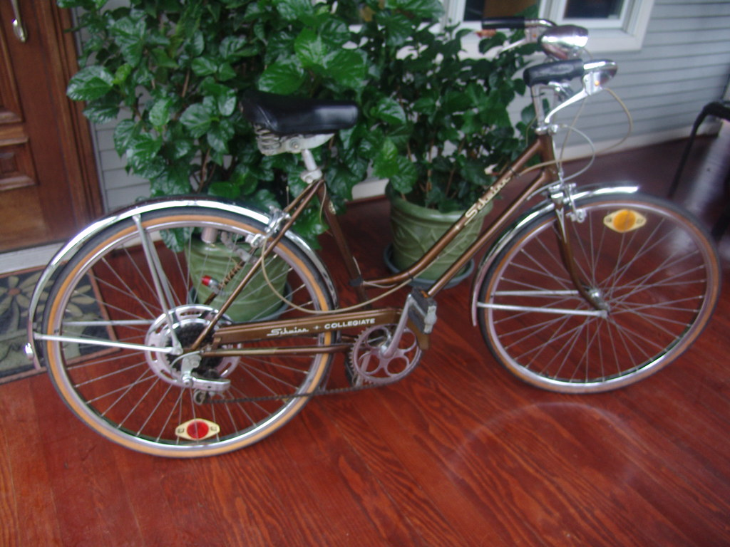 "vintage schwinn Bicycle""Made In Chicago"""