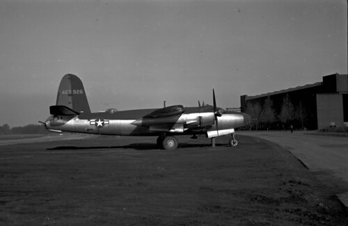 Panatomic X B-26 f9 60 brite sun at rear 02