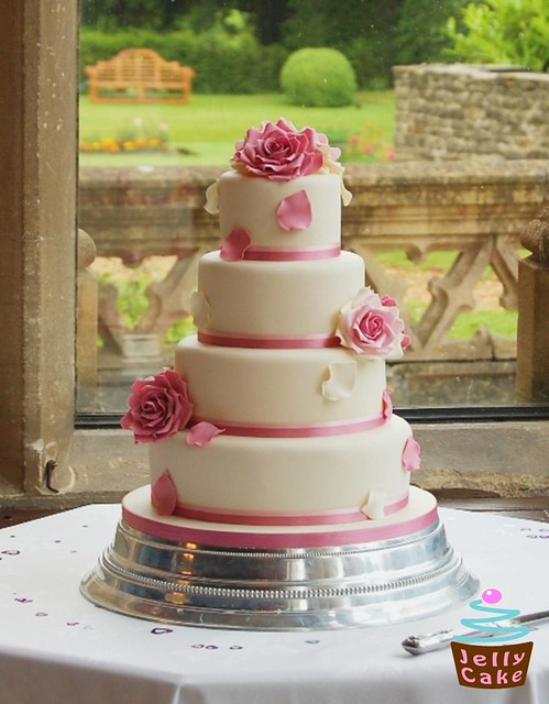 My Vintage Dusky Rose Wedding Cake for Hayley and Andy who fell in love with