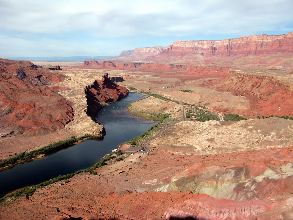 View from Spencer Trail of Lee's Ferry and the Vermilion Cliffs