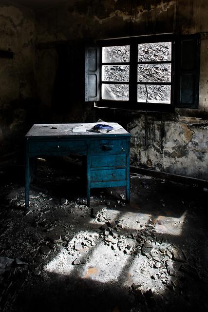 foreman desk