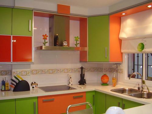 Combinar naranja y verde en cocina - Combinar color naranja decoracion ...