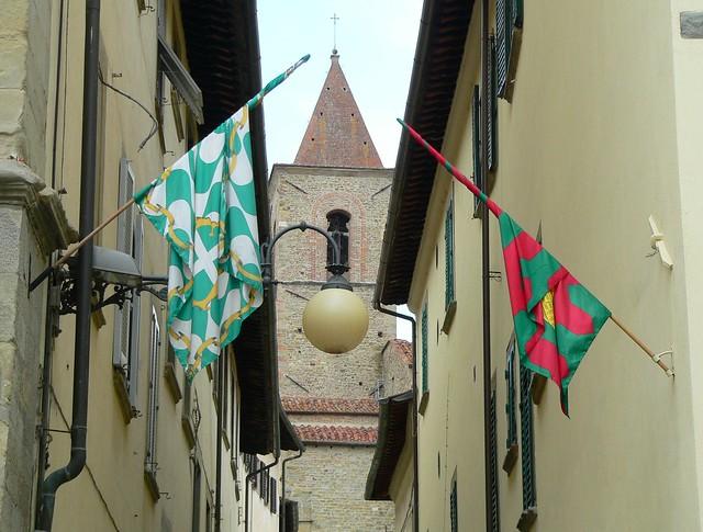 Arezzo - Campanilismo - Basilica di San Francesco