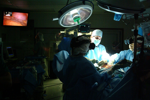 Laser surgery in the operating theatre
